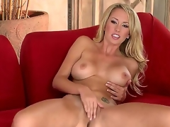 Brett Rossi goes out all to satisfy the crew as well as u in this outrageously hot solo scene. On a side note, what luscious legs! And who knew she was so flexible Wow!