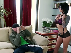 When this darksome brown undresses down to her greater amount than hot lingerie, shes going to have the full aroused attention of, Johnny Sins. This chab looks at Christy Mack in a way of raw desire.