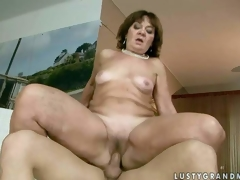 Marsha is a sex hungry granny who can not receive enough. Fully stripped older bitch bounces up and down on rod in the indoor swimming pool. This babe takes young guys rigid dick so deep in her love tunnel